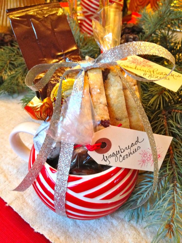 Handmade Holiday: Cookies & Coffee Gift Mugs   Dreamery Events