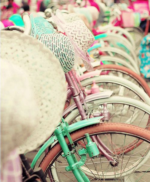 I'm Loving...Pastel Bikes