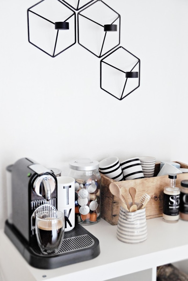 Black and White Coffee Bar