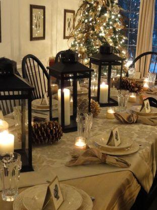 I'm Loving...Simple + Elegant Christmas Tablescapes