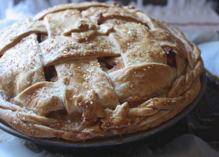 Salted Ale Caramel Apple Pie