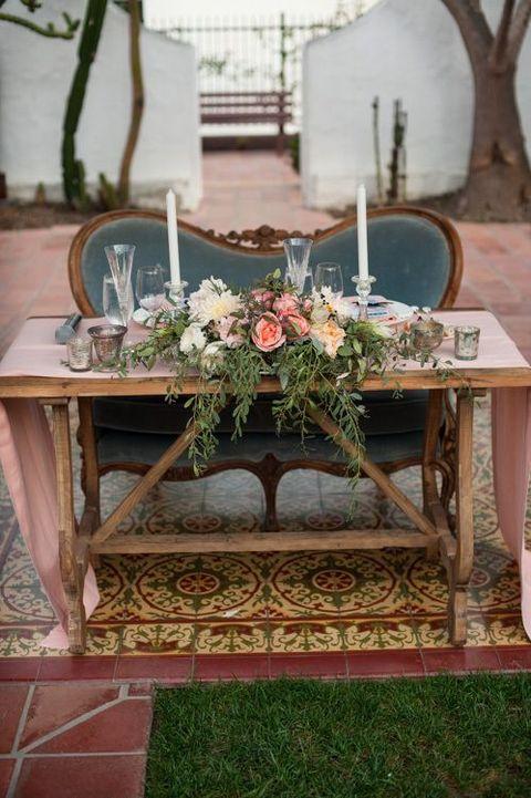 Wedding Inspiration: Loveseat Sweetheart Tables