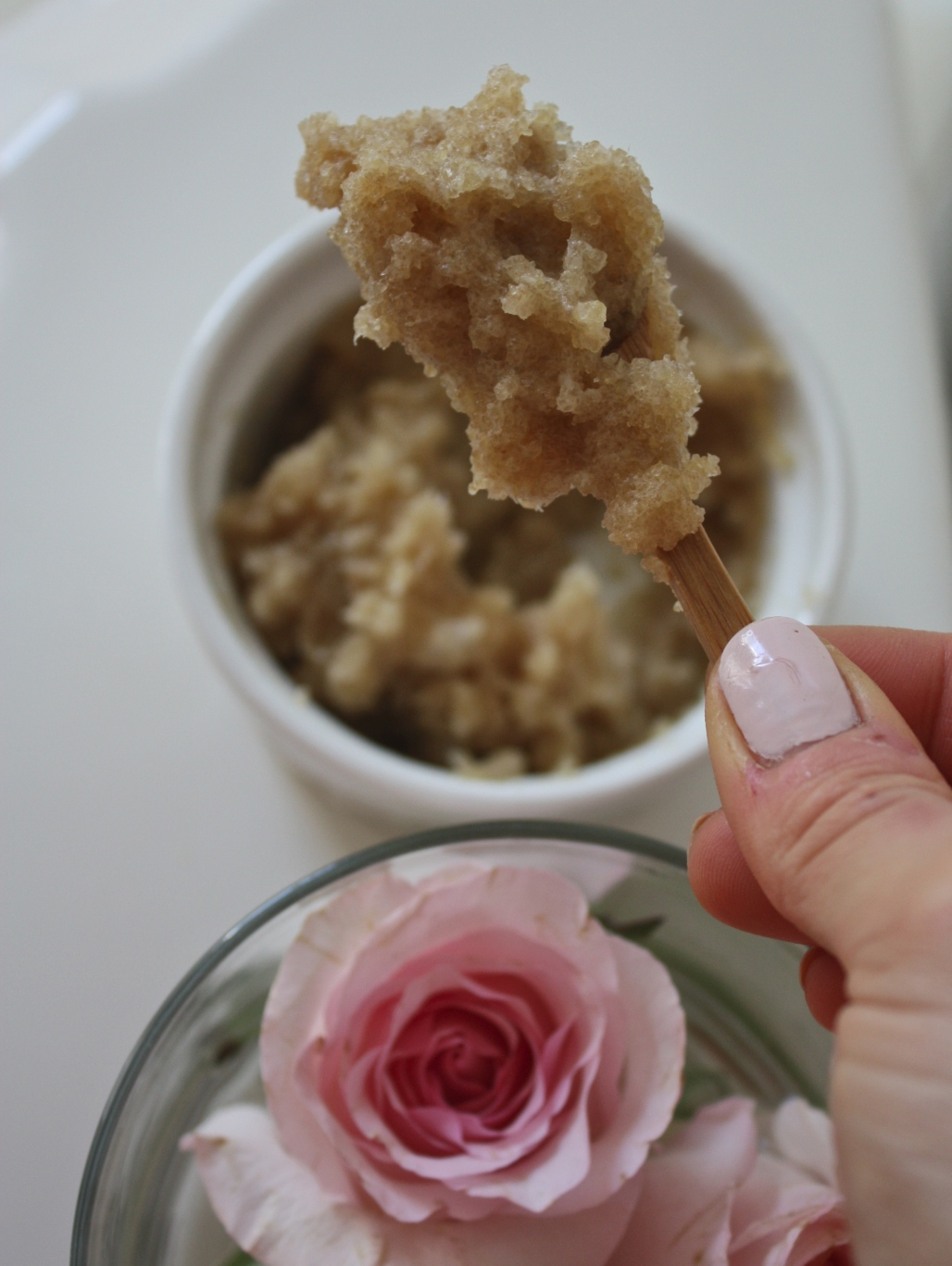 How To: All Natural Exfoliating Lip Scrub