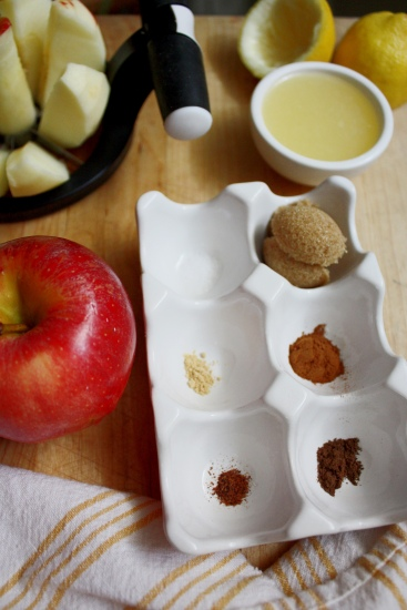 Individual Autumn Pies : Maple Brown Sugar Apple & Pear, Grape, Plum   Dreamery Events