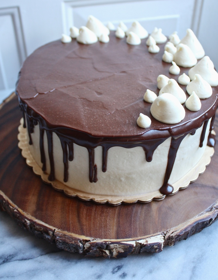 Guinness Chocolate Cake w. Bailey's Cream Cheese Frosting & Chocolate Ganache | Dreamery Events